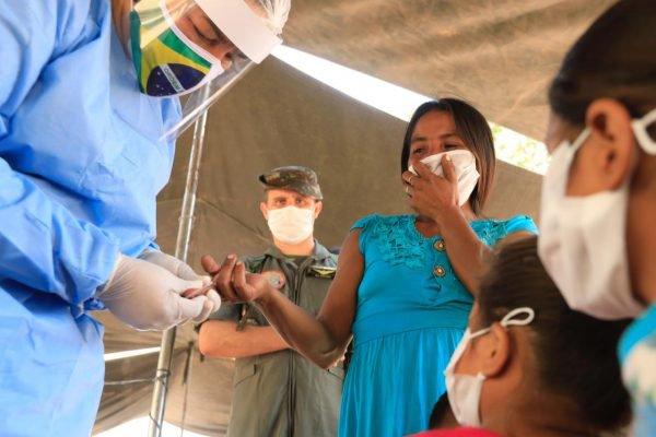 Povo Guajajara recebe 4,5 toneladas de insumos em ação contra Covid-194