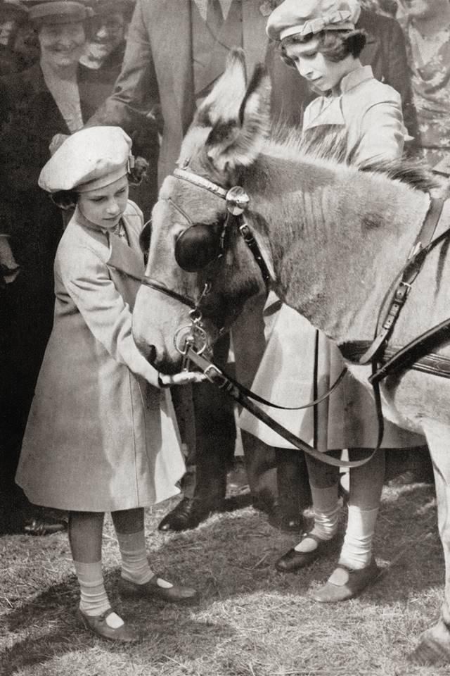 Princesas Elizabeth e Margaret