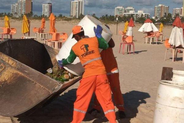 Lixo nas praias de Sergipe