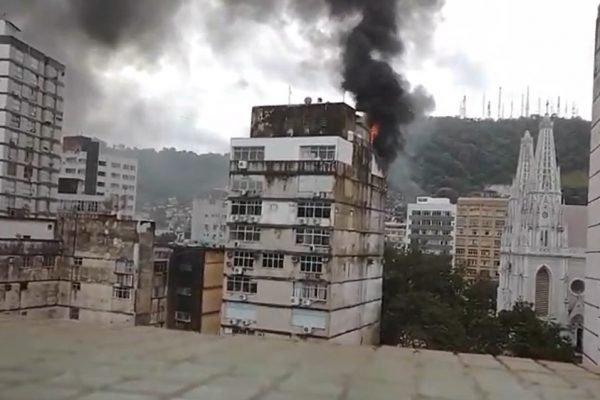 Incêndio prédio em Vitória (ES)