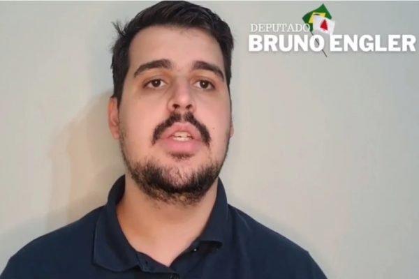 Bruno Engler comunicou o ocorrido com a página em vídeo