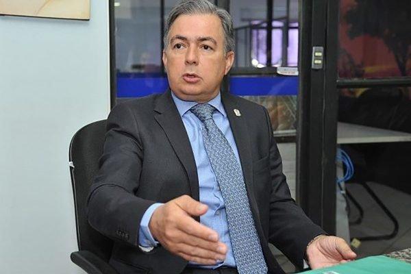 secretário de Segurança Pública sul-mato-grossense, delegado Antonio Carlos Videira