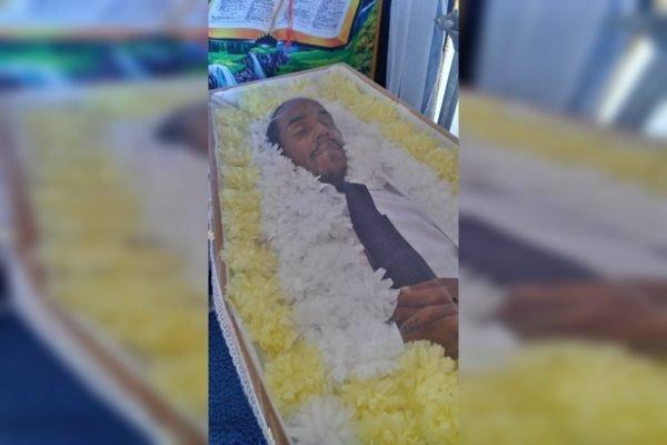 Alana é enterrada como homem pela família