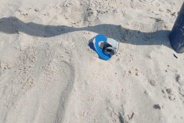 Artefato explosivo é localizada na areia da Praia de Copacabana