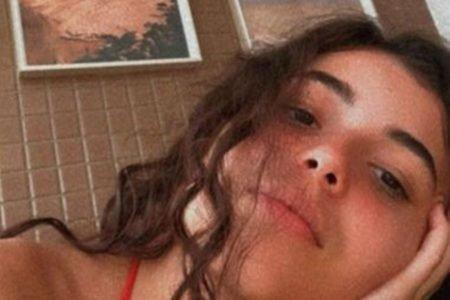 Jovem de 18 anos morre baleada dentro de carro com os pais em São Cristóvão