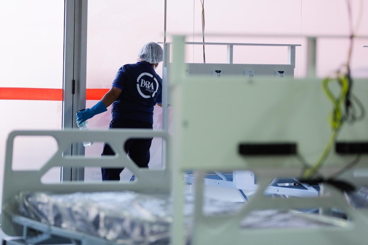LImpeza e finalização da obra do hospital de campanha no estádio Mané garrincha