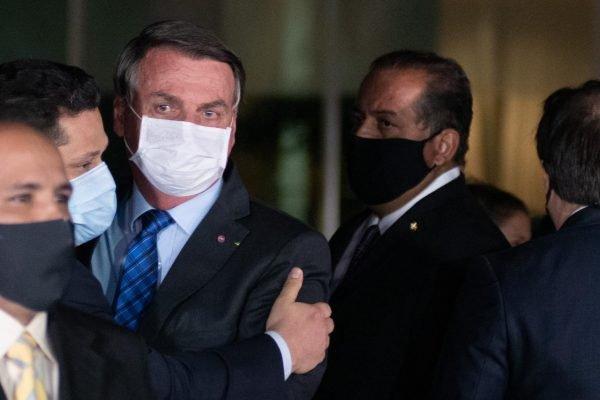 Presidente e autoridades brasil fazem coletiva no alvorada para falar de economia do Brasil