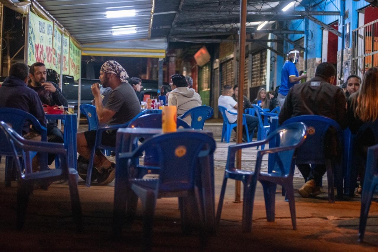 movimento bares taguatinga pandemia df