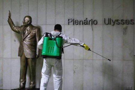 Higienização e limpeza mos ambientes do Congresso Nacional