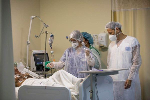 Hospital Ronaldo Gazolla, referência no tratamento de Covid no Rio de janeiro pacientes uti