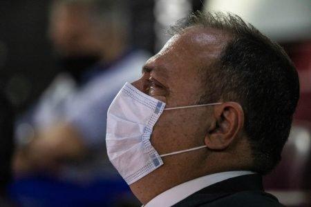 Ministro da saúde Eduardo Pazuello no governo bolsonaro