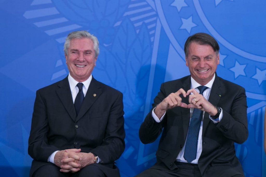 Fernando Collor de Mello e presidente jair bolsonaro durante Posse do novo ministro do turismo, Gilson Machado durante evento no planalto 1